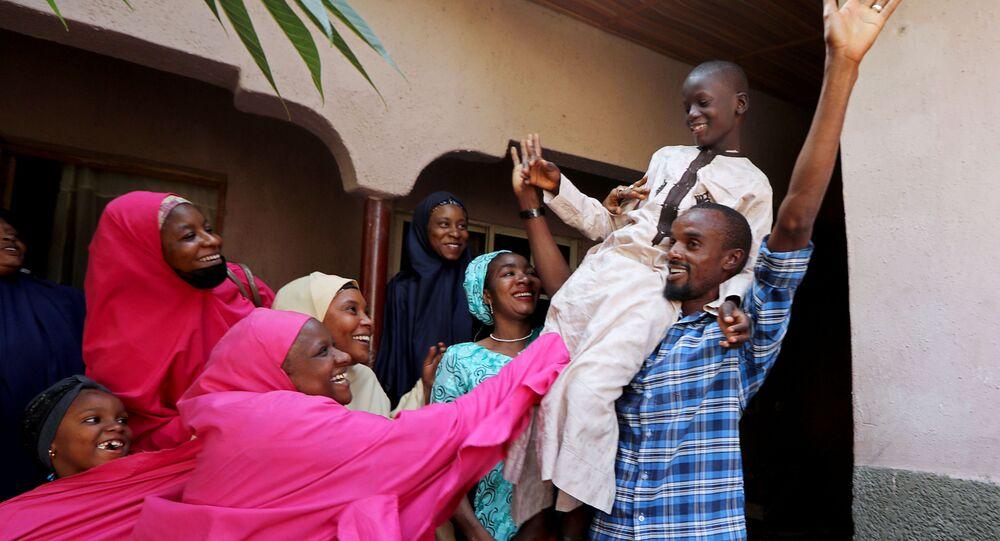 Batı Afrika ülkesi Nijerya'nınKatsina eyaletinde dün kaçırılan 80 medrese öğrencisinin bugünkurtarıldığı bildirildi.
