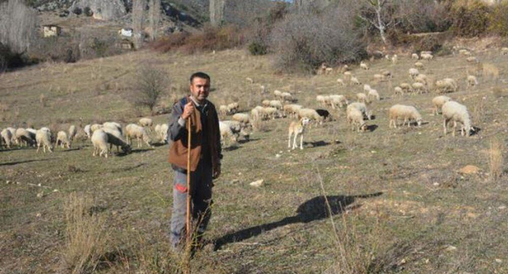 Koronavirüsten kaçıp 9 aydır köyde yaşayan Selahattin Çak
