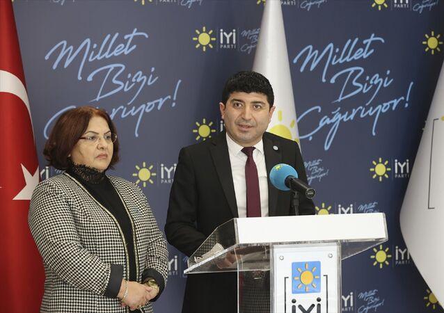 İYİ Parti Toplumsal Politikalar Başkanı Ünzile Yüksel (solda) Sağlık Politikaları Başkan Yardımcısı Prof. Dr. Murat Karaman (sağda)