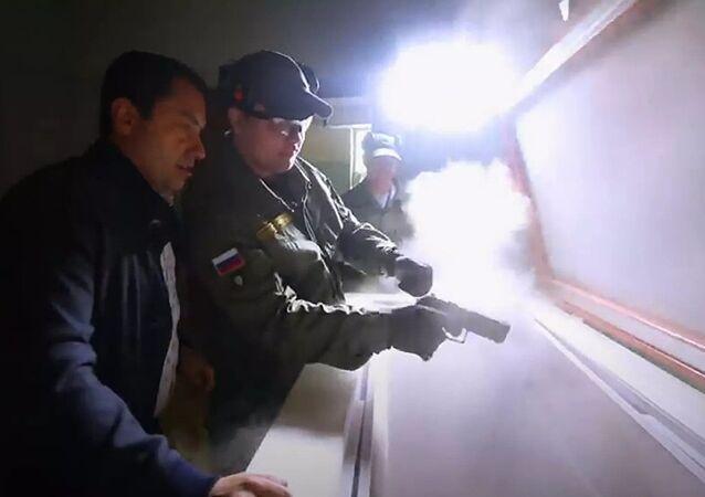 Rusya, Sovyetler Birliği yıkılınca kapatılan Kuzey Kutbu'ndaki silah test laboratuvarını tekrar faaliyete geçirdi.