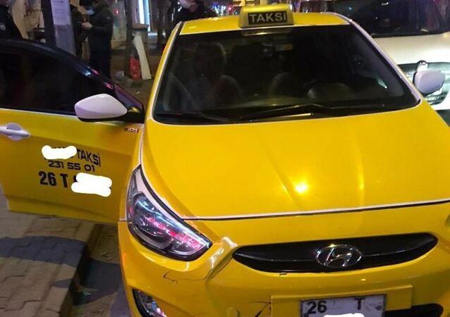 Eskişehir'de ticari taksi ile içki satan şüpheli yakalandı