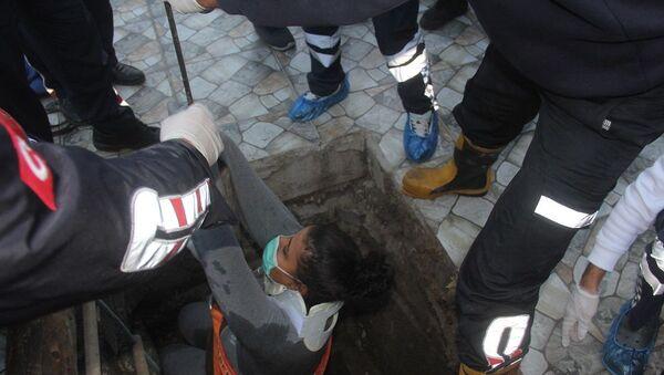 Hamile kadın hastanede kanalizasyona düştü - Sputnik Türkiye