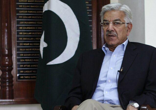 Pakistan'ın Dışişleri ve Savunma Bakanlığı görevlerinde bulunanKhawaja Asif