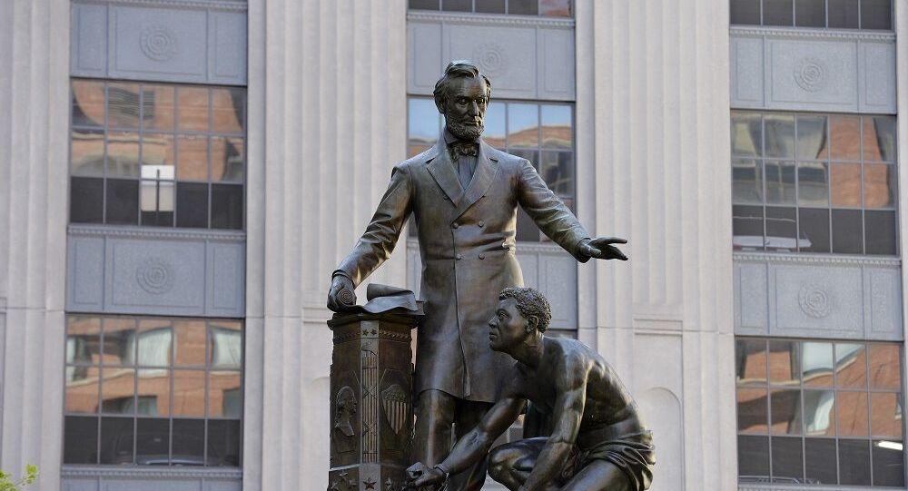 Boston-Lincoln heykeli