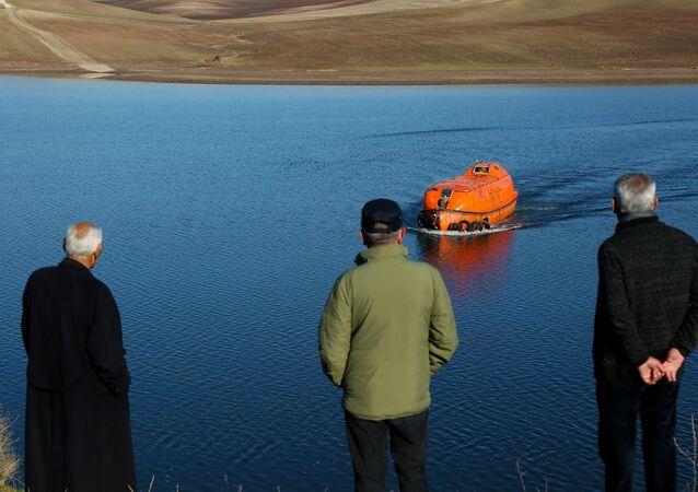 Diyarbakır'ın Harmanlar Köyü'nde  'denizaltı' olarak bilinen can filikası