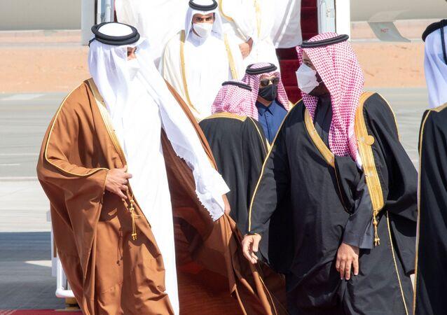 Suudi Arabistan Veliaht Prensi Muhammed bin Selman ve Katar Emiri Şeyh Temim bin Hamed el Sani