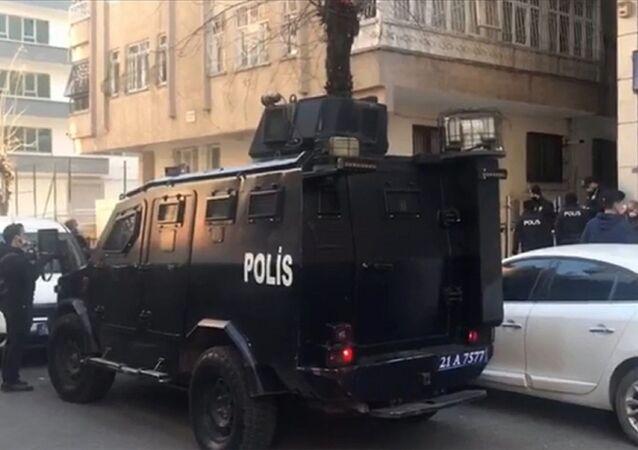 Diyarbakır - polis