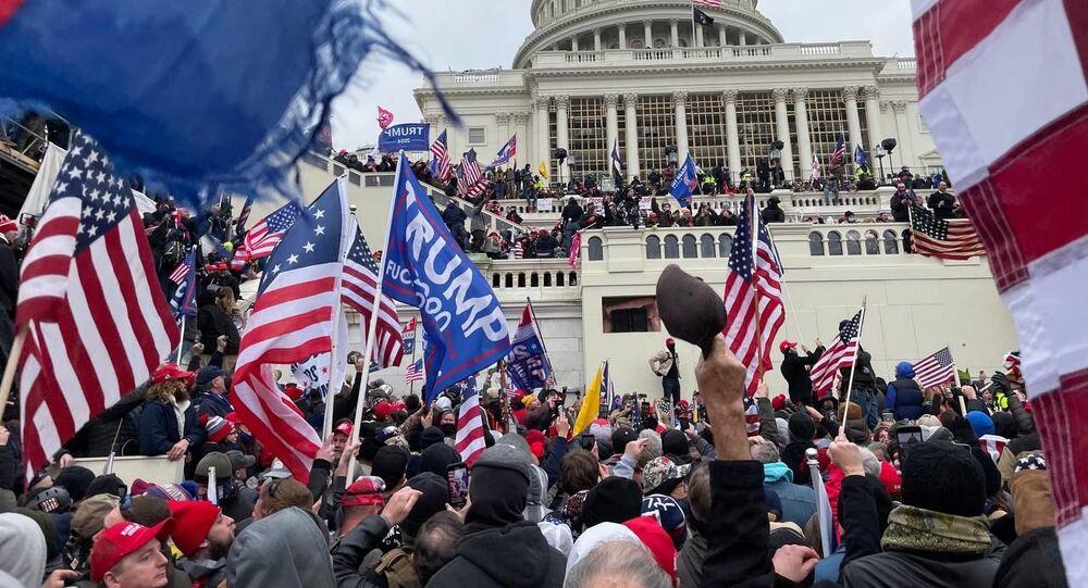 ABD-Kongre-protesto sonrası  -Trump destekçileri