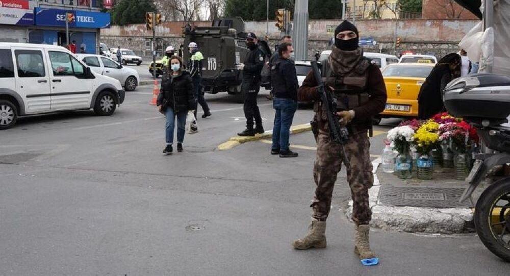 Okmeydanı'nda polis denetimi