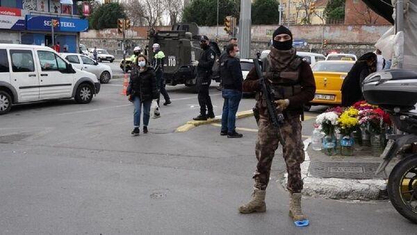 Okmeydanı'nda polis denetimi - Sputnik Türkiye