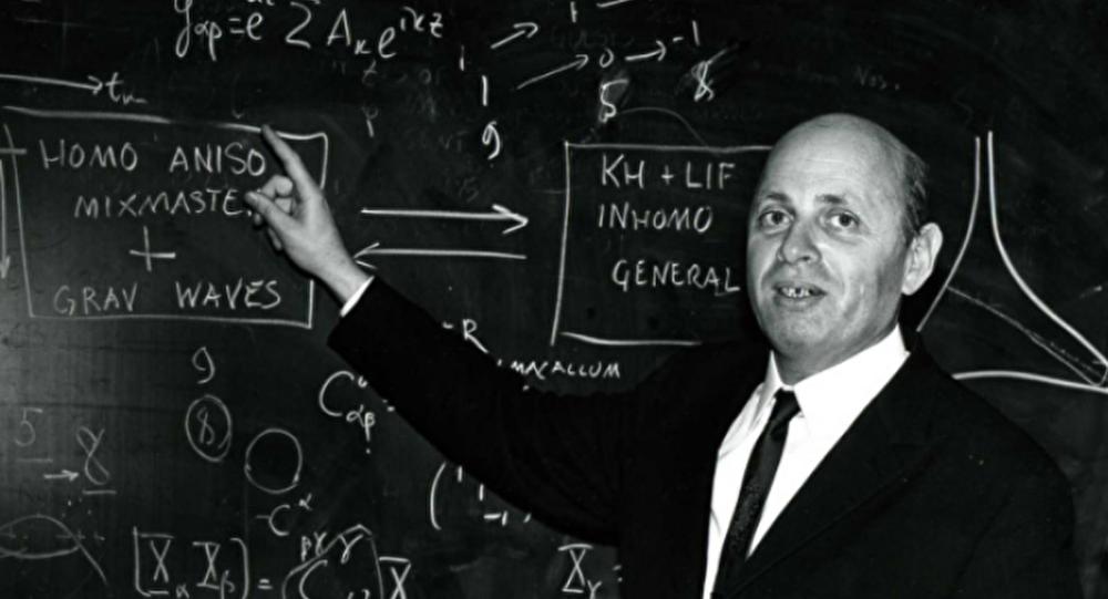 Rusya Bilimler Akademisi'nin en yaşlı akademisyeni, İlk Sovyet atom bombasının yaratıcılarından sonuncusu, teorik fizikçi İsaak Halatnikov'un hayatını kaybettiği öğrenildi.