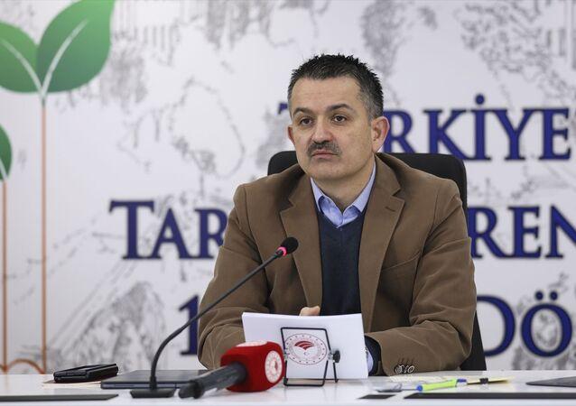 Ankara Üniversitesi Ziraat Fakültesi tarafından çevrim içi Türkiye'de Tarım Öğretiminin 175. Yıl Dönümü Kutlama Programı düzenlendi. Programa katılan Tarım ve Orman Bakanı Bekir Pakdemirli konuşma yaptı.