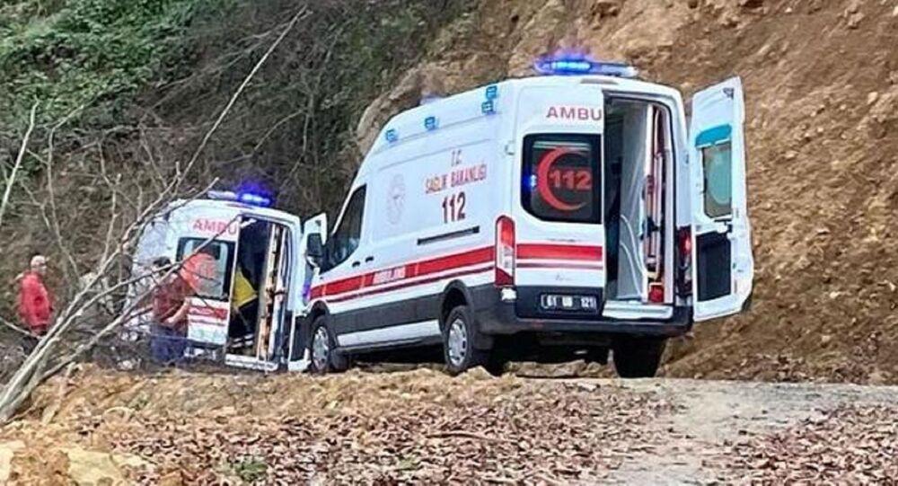 deli bal - ambulans