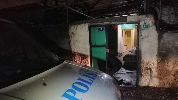 Kayseri'de bir eve hırsızlık için giren 2 kişi, polis ekipleri tarafından suçüstü yakalandı - Sputnik Türkiye