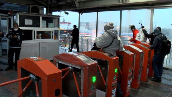 metrobüs - toplu ulaşım - Sputnik Türkiye