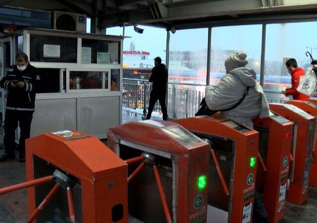 metrobüs - toplu ulaşım