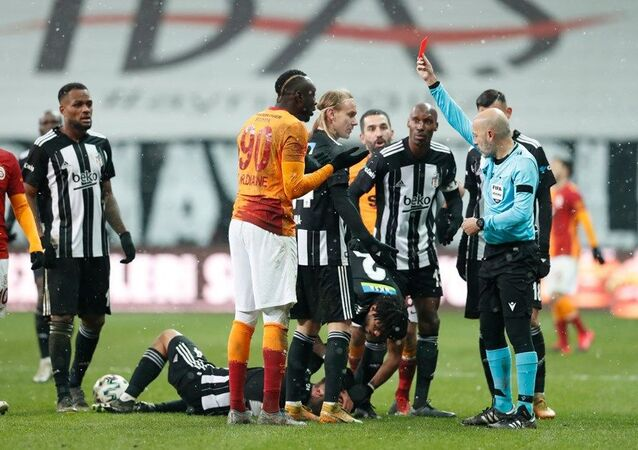 Süper Lig'in 19. haftasında oynanan derbide Beşiktaş Galatasaray'ı 2-0 yendi.