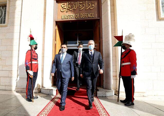 Milli Savunma Bakanı Hulusi Akar ve Irak Savunma Bakanı Cuma Anad Sadun El Cuburi