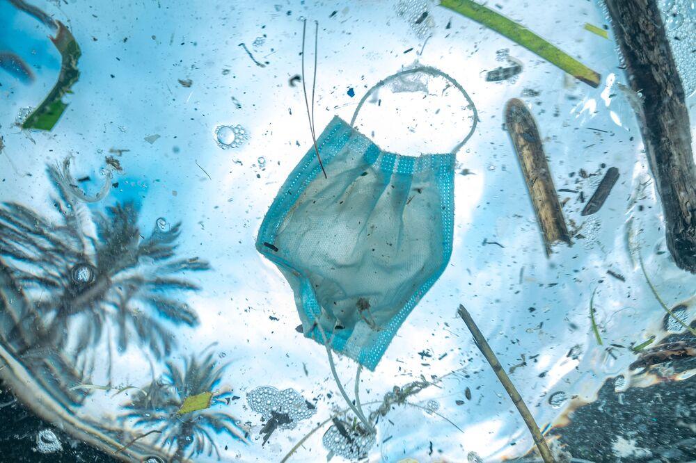 Yarışmanın Sualtı Koruması kategorisinde birincilik kazanan Christophe Chellapermal, çalışmasıyla Fransız Rivierası ve Akdeniz sularının kirlenme sorununa  toplumun dikkatini çekiyor