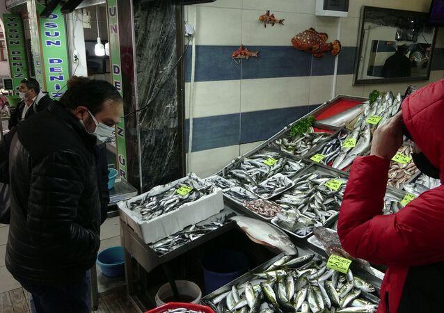 Balıkhane, balık satış