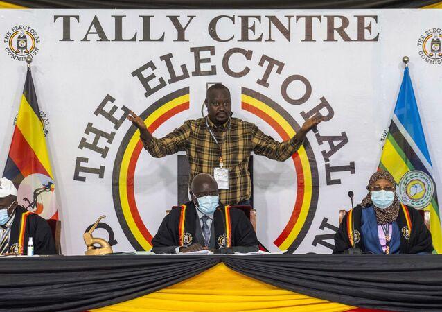 Uganda seçimi