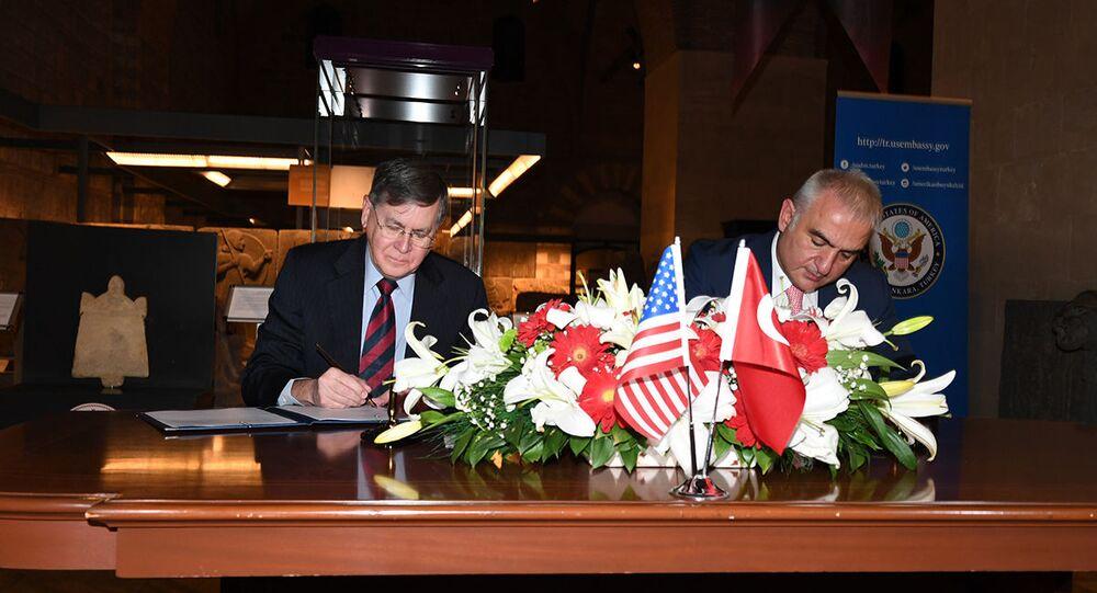 Kültür ve Turizm Bakanı Mehmet Nuri Ersoy ve ABD'nin Ankara Büyükelçisi David Satterfield