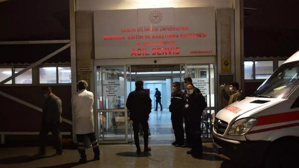 Kalp krizi şüphesiyle hastaneye götürülen kişinin vurulduğu ortaya çıktı - Sputnik Türkiye