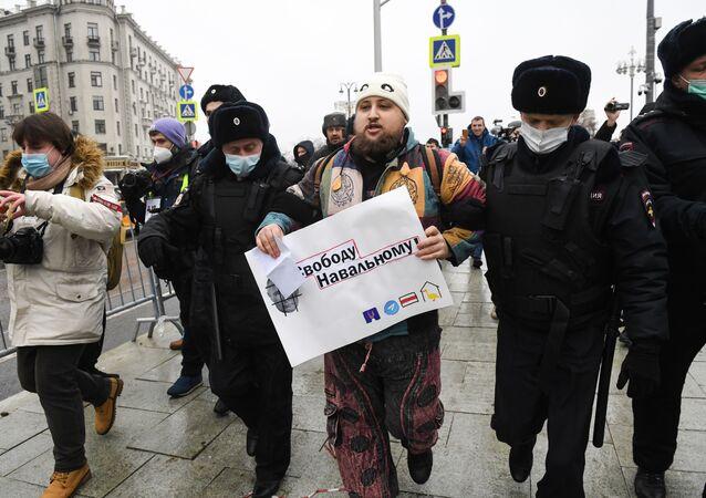 rusya Navalny protesto
