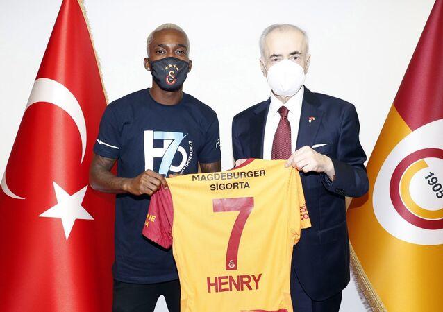 Henry Onyekuru - Mustafa Cengiz
