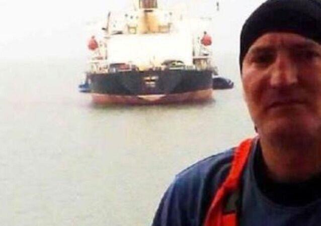 15 Türk denizci arasında bulunan Rizeli Ünsal Dilsiz