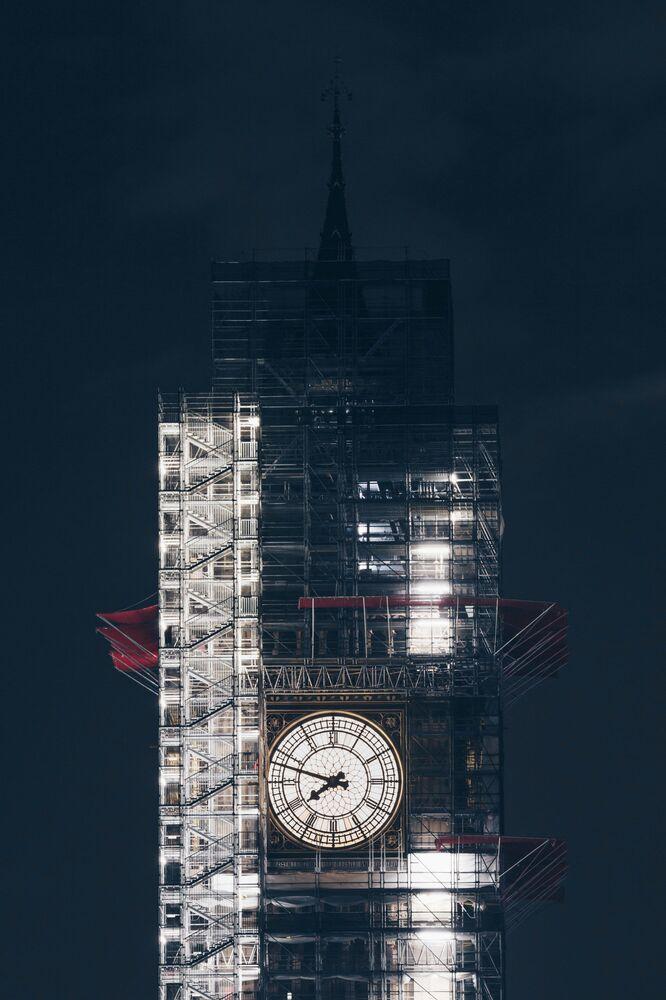 Londra'daki Big Ben'i görüntüleyen İngiliz fotoğrafçı James Retief'in 'Zamanın Değeri' başlıklı çalışması, Jüri Ödülü'ne layık görüldü