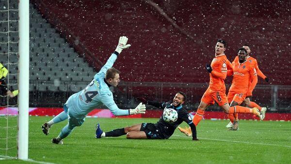 Trabzonspor -  Medipol Başakşehir - Sputnik Türkiye