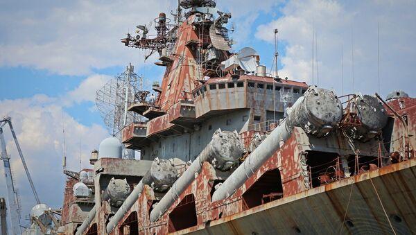 Ukrayna yönetimi, finansman sorunu nedeniyle yıllardır inşaat halinde bekleyen 'Ukrayna' adlı ağır füze kruvazörünü satma kararını aldığı belirtildi. - Sputnik Türkiye