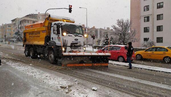 Ankara - Kar küreme - Sputnik Türkiye