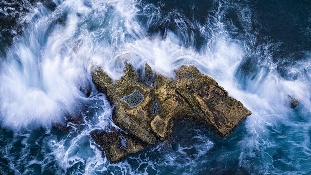 2020 Yılının Seyahat Fotoğrafçısı Yarışmasının Adalar kategorisinin kazananı İngiliz fotoğrafçı David Newton'un çalışması