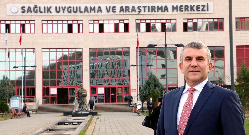 Zonguldak Bülent Ecevit Üniversitesi İmmünoloji Anabilim Dalı Öğretim Üyesi Doç. Dr. İshak Özel Tekin, Türk toplumunun genetik özelliğiyle aşılanmaya birçok ülkeden dah
