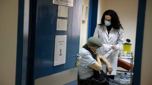 Yunanistan - koronavirüs aşısı - aşılama - Sputnik Türkiye