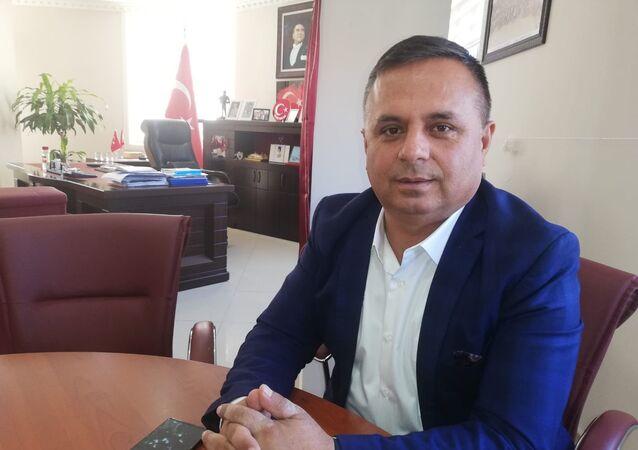 Çal Belediye Başkanı Fethi Akcan