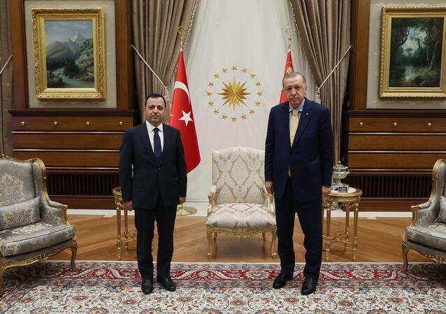 Cumhurbaşkanı Erdoğan, Anayasa Mahkemesi Başkanı Zühtü Arslan'ı kabul etti.