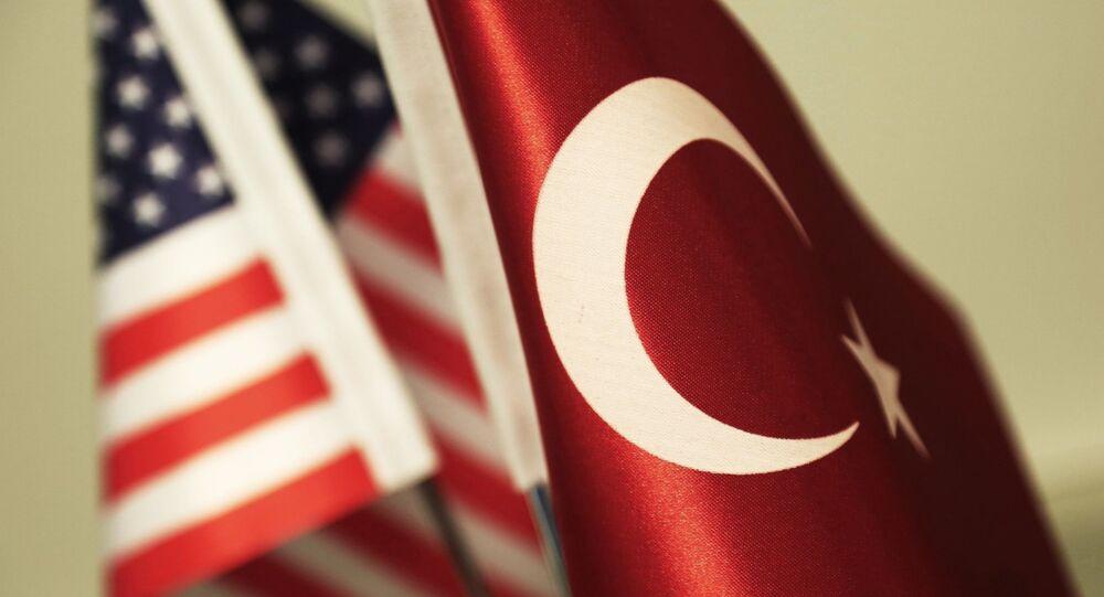 ABD Türkiye bayrakları