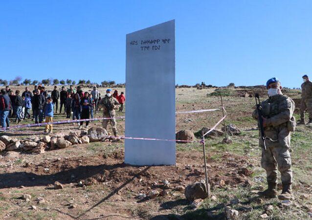 Jandarmanın Göbeklitepe'deki 'monolit nöbeti' devam ediyor