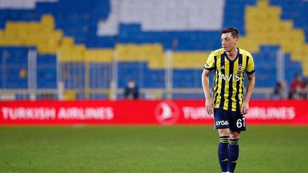 Mesut Özil'den derbi paylaşımı - Sputnik Türkiye