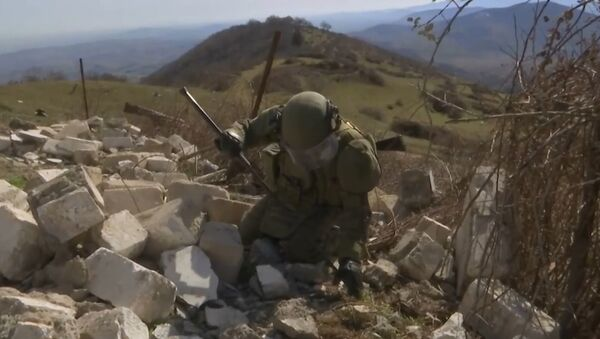 Dağlık Karabağ'daki Rus mayın temizleme uzmanları çalışmalarına devam ediyor - Sputnik Türkiye