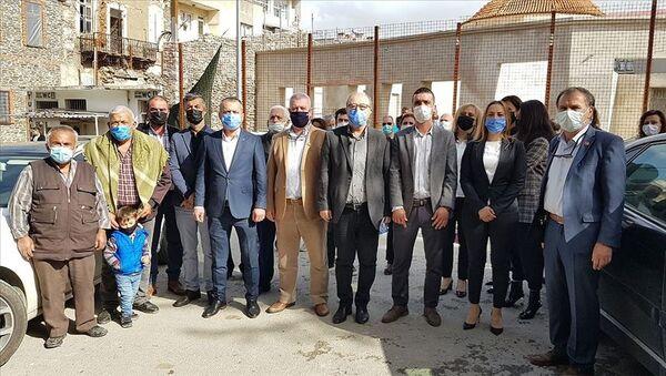 İzmir Tire'de Muharrem İnce'yi destekleyen bir grup CHP'den istifa etti - Sputnik Türkiye