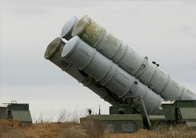 S-300 hava ve füze savunma sistemi
