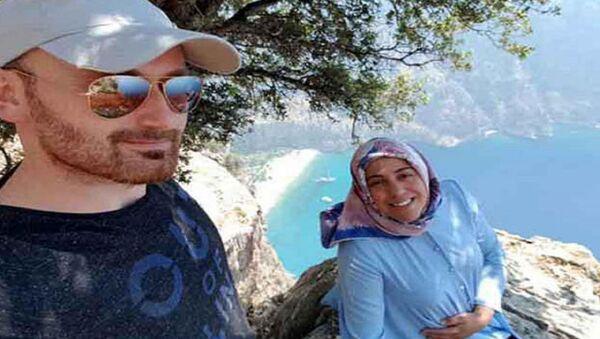 Muğla'nın Fethiye ilçesinde 2.5 yıl önce kayalıklardan düşerek hayatını kaybeden 7 aylık hamile Semra Aysal - Sputnik Türkiye