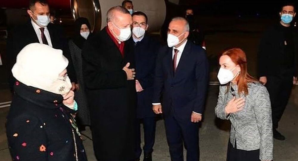 Cumhurbaşkanı Recep Tayyip Erdoğan, bir dizi ziyaret ve açılış törenleri için baba ocağı Rize'nin Güneysu ilçesine geldi.