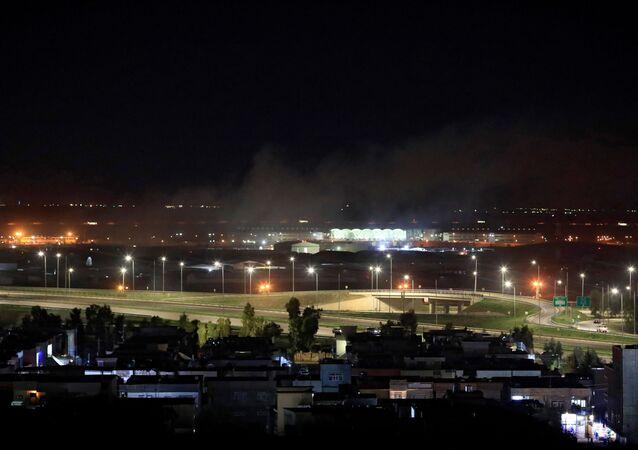 Irak'ın Erbil kentinde ABD askeri üssünün de bulunduğu bir havaalanına füzeli saldırı düzenlendiği bildirildi