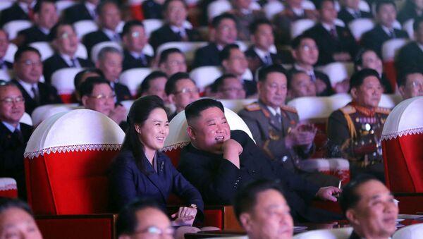 Kim Jong-un/ Ri Sol-ju - Sputnik Türkiye