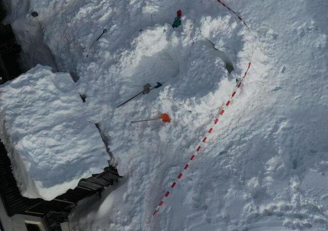 İsviçre'de iglo kazası